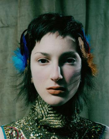 Photo Alban Christ. Maquillage et Coiffure Julie Bégin.