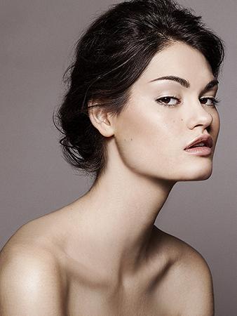 Photo Dariane Sanche. Makeup & Hair Julie Bégin.