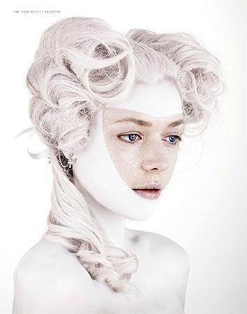 Photo Peter Collie.  Makeup Julie Bégin.