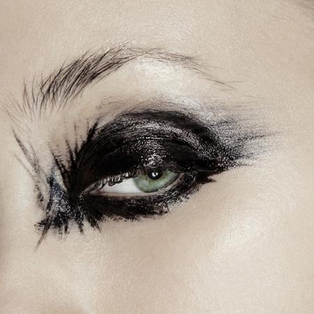 Photo Gilgamesh Fuica. Maquillage Julie Bégin.